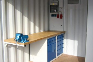 10' Werkstattcontainer - Stahlcontainer - conro.container - Werkbank