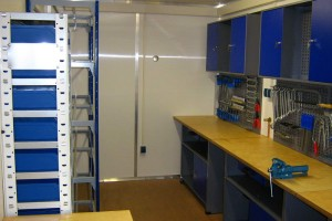 20' ISO-Norm Seecontainer - Werkstattcontainer - Stahlcontainer - conro.container - Werkbank
