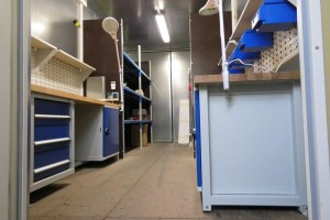 20' Materiallagercontainer - Werkstattcontainer - Seecontainer - Stahlcontainer mit CSC-Zulassung - Innenansicht